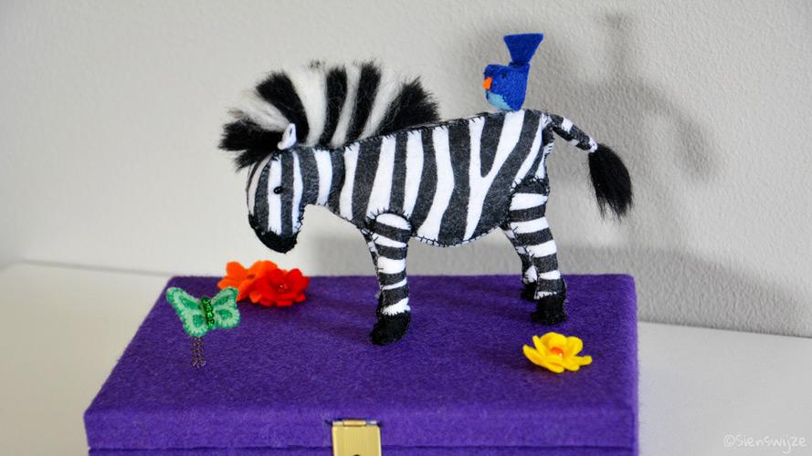 Schatdoosje zebra vilt