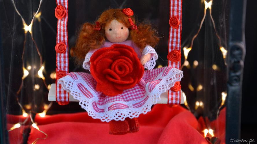 Seizoentafel bloemenkind Roos vilt